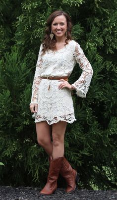 A cute short lace dress for bridesmaids' attire! This would be a great plan for mismatched dresses. Everyone wears a white lace summer dress, leather boots, and maybe a sash to incorporate a color scheme? I like this idea! Lace Summer Dresses, Short Lace Dress, Sexy Dresses, Cute Dresses, Dresses With Sleeves, Summer Outfits, Modest Bridesmaid Dresses, Grad Dresses, Estilo Country