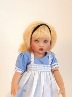 Helen-Kish-Doll-Riley-as-Alice-in-Wonderland-2010-LE-100-Signed-by-Artist