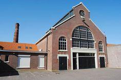 De Noordergasfabriek in de Mokerstraat, gebouwd in 1913, is gerestaureerd door het aanneembedrijf dat er in gevestigd is.