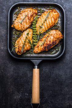 5 dicas para um peito de frango muito mais SUCULENTO. #frango #peitodefrango #receitafrango