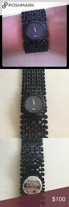 💯DOLCE GABBANA D&G TIME BLACK WATCH BRACELET Used, great condition. Shows normal signs of wear. Battery operated. Dolce & Gabbana Accessories Watches