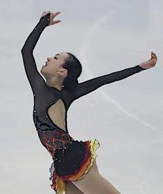 a80ad85c994 11 fantastiche immagini su Sport pattinaggio | Figure Skating ...