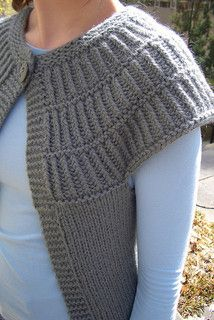 Shalom is a simple knitted cardigan with a striking appearance. This…