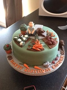 Google Image Result for http://cakesdecor.com/assets/pictures/cakes/39683-438x.jpg