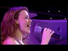 Kylie Minogue - Confide in Me (Live in Sydney) - YouTube