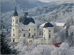 """Résultat de recherche d'images pour """"praha kostel zima křtiny"""" Mansions, House Styles, Image, Decor, Decoration, Fancy Houses, Decorating, Deco, Embellishments"""