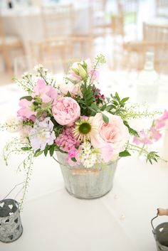 Beautiful English Country Wedding   Juliet McKee Photography   Bridal Musings Wedding Blog 11