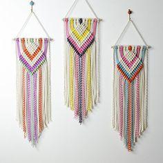 Macrame-DIY-Fiber Art-Textiles-Weaving-Craft-InChicago by amyzwikelstudio Macrame Design, Macrame Art, Macrame Projects, Macrame Knots, Mundo Hippie, Modern Macrame, Macrame Patterns, Weaving, Tapestry