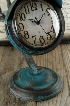 With its quirky, upcycled appearance, this clock will bring interesting detail to your office desk, bookshelf, or side table. The Blue Retr. Old Clocks, Vintage Clocks, Loft Office, Office Desk, Save On Crafts, Blue Furniture, Industrial Chic, Vintage Antiques, Motorcycle Headlight