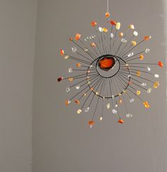 Fun Crafts, Diy And Crafts, Arts And Crafts, Sun Catcher, Dream Catcher, Wood Letters Decorated, Hippie Crafts, Wire Art, Bead Art