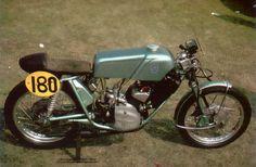http://www.motorcyclespecs.co.za/model/Adler/Adler MB 250 RS.htm