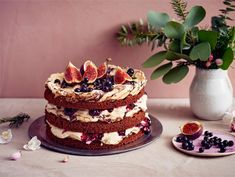 Joulubrita | Valio Halloumi, Tiramisu, Food And Drink, Sweets, Cake, Ethnic Recipes, Desserts, Christmas, Drops Design