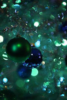 Christmas Sparkles | Hope everyone has a wonderful Christmas :)
