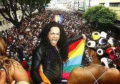 # Noticiário de Hoje #: SALVADOR: Jovem é assassinado durante Parada Gay e...