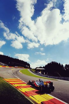 One of the greatest corners in F1 - Eau Rouge, Belgium