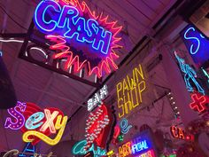 Guess who finally visited God's Own Junkyard? The embodiment of my aesthetic. Cobra Starship, Death Of A Bachelor, Neon Aesthetic, Aesthetic Images, Borderlands, Wall Collage, Neon Signs, Tumblr, Retro