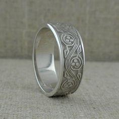 Sterling Silver Men's 7 mm Celtic Triscele Weave Wedding Band made in Ireland   Size 9, 10.5 or 13