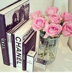 Really girly chanel vintage decor white roses for the living room, pink for the bedroom