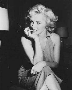 Marilyn Monroe - Portrait - 02