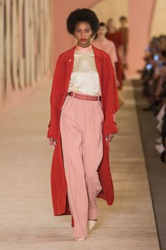 Roksanda, Spring 2017 - The Outerwear at London Fashion Week Was Anything But Boring - Photos
