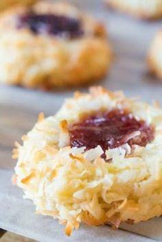 The Best Ina Garten Dessert Recipes - PureWow Thumbprint Cookie Recipe With Icing, Raspberry Thumbprint Cookies, Chocolate Thumbprint Cookies, Jelly Cookies, Jam Cookies, Cookies Vegan, Coconut Cookies, Chip Cookies, Enchiladas
