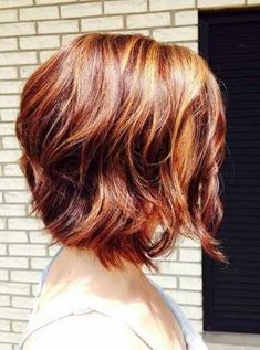 Short-Red-Hairstyle-–-Side-View-of-Short-Red-Bob-Haircut Short Bob Haircuts: Hottest Bob Hairstyles 2019 Short Wavy Haircuts, Short Thin Hair, Short Hair Cuts For Women, Bob Hairstyles, Woman Hairstyles, Trendy Haircuts, Layered Hairstyles, Blonde Haircuts, Boy Haircuts