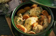 Μπλουμ αλλά όχι νερόβραστο, το κοτόπουλο μας μαγειρεύεται χρησιμοποιώντας μόνο ένα σκεύος. Περισσότερες συνταγές μπλουμ, στον Γαστρονόμο που κυκλοφορεί αυτή την Κυριακή με την Καθημερινή.