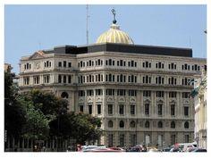 Edificio Lonja del Comercio de La Habana. Alguien que me pueda decir.