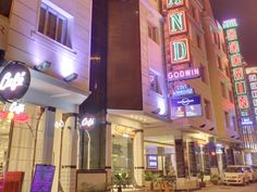 New Delhi and NCR Hotel Grand Godwin India, Asia Located in Pahar Ganj, Hotel Grand Godwin is a perfect starting point from which to explore New Delhi and NCR. Both business travelers and tourists can enjoy the hotel's facilities and services. All the necessary facilities, including free Wi-Fi in all rooms, 24-hour security, daily housekeeping, fax machine, postal service, are at hand. Guestrooms are fitted with all the amenities you need for a good night's sleep. In some of t...