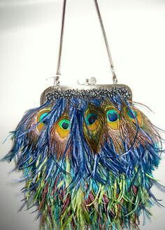 New Moo Roo Mary Norton Evening Bag Black Feathers Bead Frosting Peacock Purse, Peacock Colors, Peacock Theme, Black Feathers, Peacock Feathers, Vintage Purses, Vintage Handbags, Beaded Bags, Clutch Purse