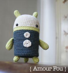 { Amour Fou   Crochet }: { Ulises, el robot. }