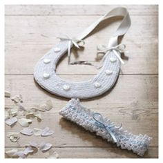 Bridal lucky horseshoe and garter pattern available to download from the Woman's Weekly shop.
