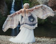 Moth Butterfly Fairy cape cloak brown and white isis wings costume adult bridal fairy handfasting Fantasy Costumes, Adult Costumes, Halloween Costumes, Fantasy Outfits, Diy Costumes, Cosplay, Adult Fairy Wings, Fae Aesthetic, Character