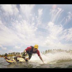 Bons ventos! Boas vibes! boas ondas! Bons Amigos! Bom Trabalho e Boa Semana!!! #vibes #jetsurf #kitesurf #motosurf #instagood #goodvibes #surf #foodtube #panelaesporte