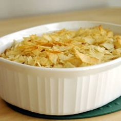 TUNA NOODLE CASSEROLE—16 oz pasta shells; 2-cans tuna; 2-cans cream soup; 1-1/4 cups milk; salt/pepper; 1 tsp crushed garlic; 4 slices cheese; 1-1/2 cups crushed potato chips. Cook pasta. Mix drained tuna w/soups, milk & spices and warm in microwave. Mix w/pasta. Spoon ½ of noodles into casserole dish. Add cheese & spread rest of noodle mixture over cheese. Top w/crushed chips. Bake @ 350 for 20 – 30 minutes.