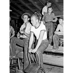 """119 Likes, 1 Comments - Good Ware Company (@goodwarecompany) on Instagram: """"Young migratory agricultural workers singing at the Saturday night dance. Agua Fria migratory…"""""""