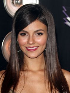 Victoria Justice, MTV Video Music Awards, Los Angeles, August 28, 2011