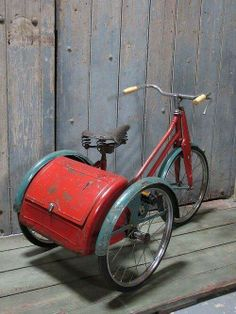 A vintage child's tricycle - LASSCO - England's Prime Resource for Architectural Antiques, Salvage and Curiosities Velo Retro, Velo Vintage, Vintage Bicycles, Old Bicycle, Old Bikes, Baby Bicycle, Bicycle Shop, Dirt Bikes, Antique Toys