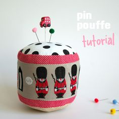 omg, soooooo cute!!!!!!!!! I NEED some London ribbon and pins!!! Sources anyone?