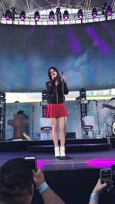 LANA DEL REY — More pictures of Lana Del Rey preforming at the...