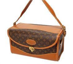 b390b6910baa Louis Vuitton Vintage Monogram Beauty Train Case