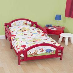 Winnie The Pooh Junior Bedding Bundle - includes inserts - http://www.childrens-rooms.co.uk/winnie-the-pooh-junior-bedding-bundle-includes-inserts.html #winniethepooh #toddlerbedding #disneybedding