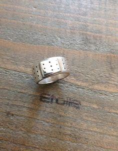 Anello cerotto dell'amore della collezione Fabio De Maglie in argento lavorato a mano a € 96,00 su etoilegioielli.com