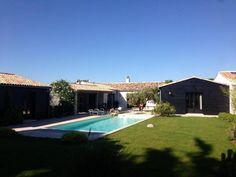 Location ile de Ré : Belle maison de charme proche de la mer donnant sur un grand jardin paysager clo