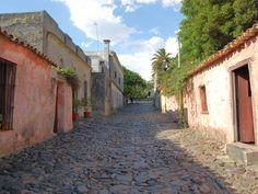 Descubre #Colonia y la magia de sus calles empedradas #Uruguay