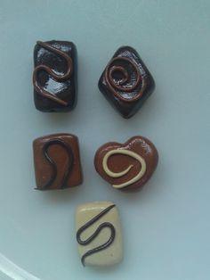 5 Chocolate Fimo beads