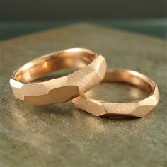Red Rocks... Broad facets cover the surface of this (100% recycled) 14k rose gold ring, creating a chiseled look. It has a soft satin finish on the outside while the inside is a shiny high polish. The facets catch and reflect light giving the ring a lovely organic sparkle. ***Each