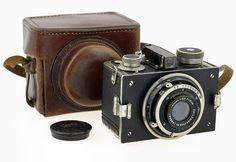 Kolar Kola + Tessar 3.5/6 cm camera for 4x4 cm exposures on 127 film.