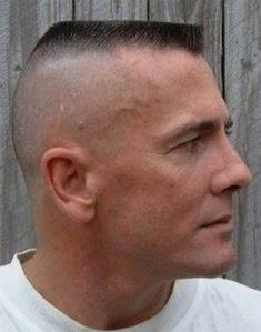 Flat Top Fashion - Marine Haircuts For Men Navy Haircut, Marine Haircut, Kinds Of Haircut, Haircut And Color, Military Haircuts Men, Haircuts For Men, Medium Hair Styles, Natural Hair Styles, Short Hair Styles