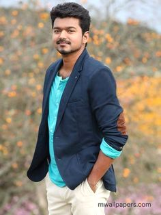Vijay in Jilla Movie costume& styling Famous Indian Actors, Indian Celebrities, Actor Picture, Actor Photo, Actors Images, Hd Images, Ilayathalapathy Vijay, Most Handsome Actors, Vijay Actor